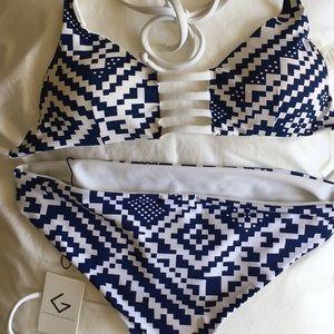 Khongboon Swimwear